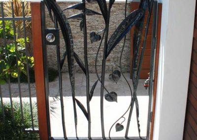 heliconia-garden-gate